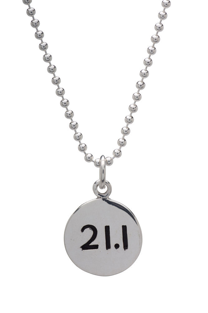 21.1km Run Necklace - round - Beyond The Medal