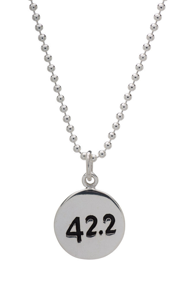 42.2km Run Necklace - round - Beyond The Medal