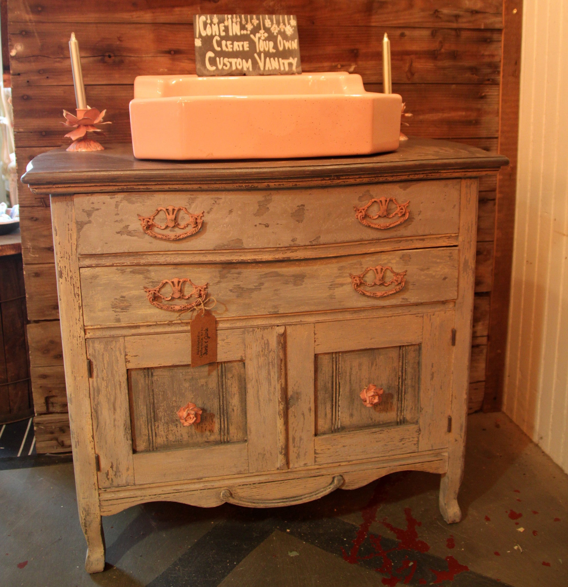 Annie sloan chalk paint bathroom cabinets - Annie Sloan S Chalk Paint Vanity