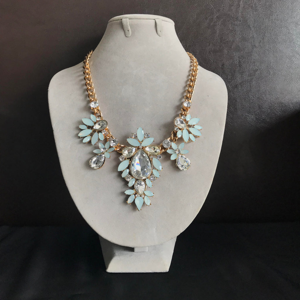 Faux Crystal Statement Necklace in Mint
