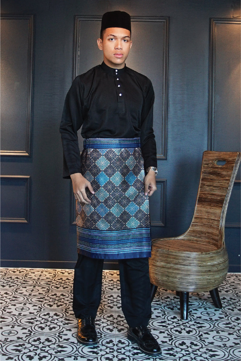 Traditional Samping in Blue