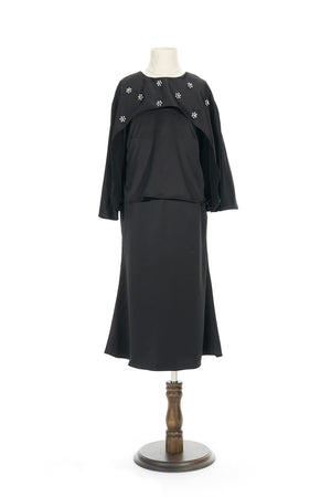 Petite Satin Cape Kurung in Black