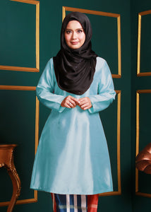Kurung Pahang Top in Tiffany Blue
