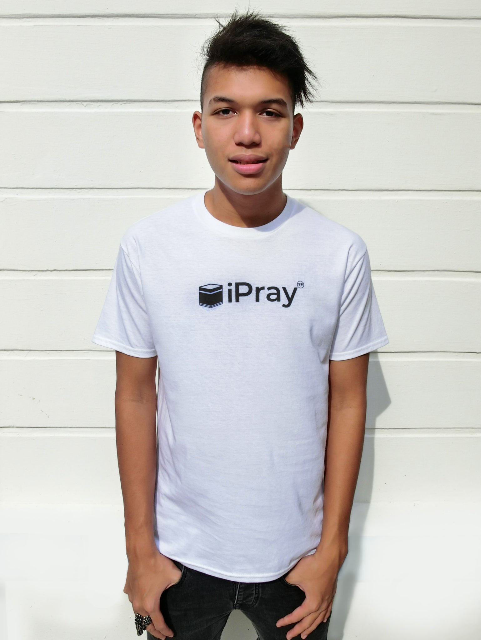 Tshirt - iPray in White