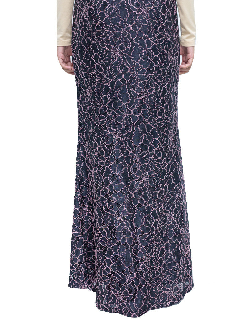 Floral Lace Skirt in Lilac
