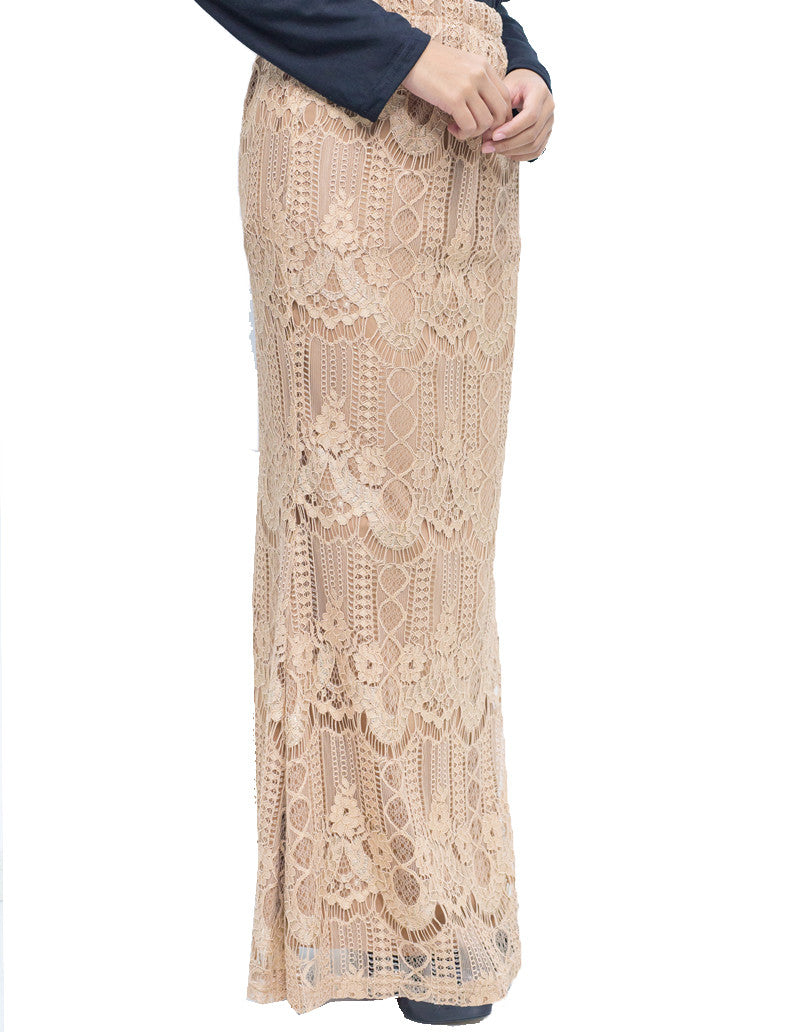 Venetian Lace Skirt in Beige