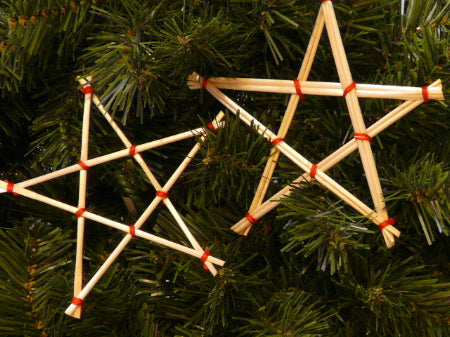 12 natural christmas decorations to make with your kids 12 natural christmas decorations to