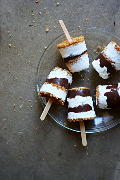 frozen smores pops at littleinspiration.com