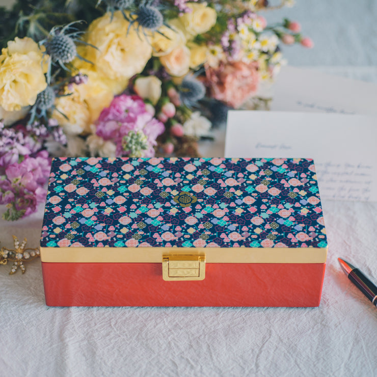 Lacquer Jewellery Box - Blossoming Abundance - SCENE SHANG