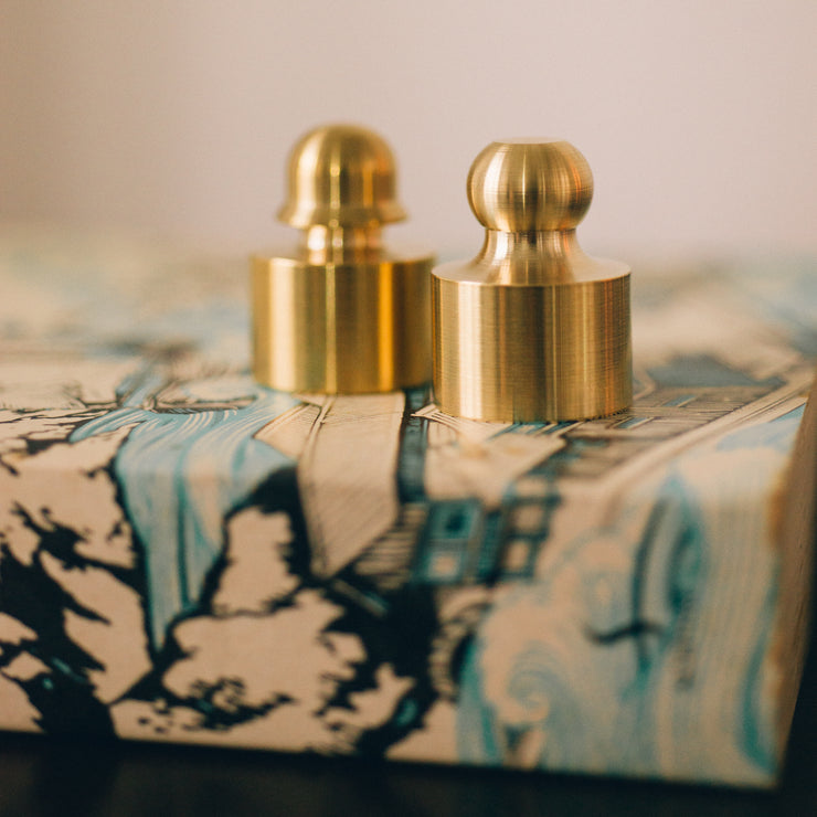JIA Brass Paperweight - SCENE SHANG