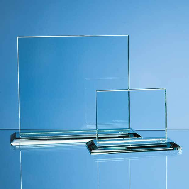 17.5cm x 20cm x 12mm Jade Glass Horizontal Rectangle Award