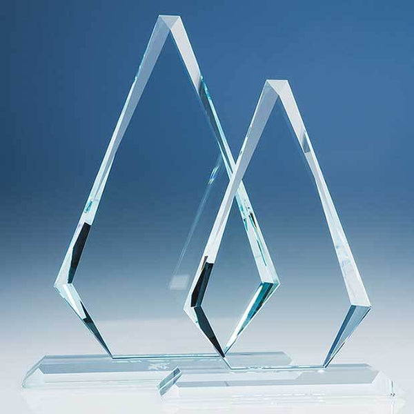 T5706P -   32cm x 21cm x 19mm Clear Glass Windsor Diamond Award - (Fully Engraved)