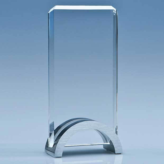 17.5cm x 9cm x 15mm Optical Crystal Rectangle on an Aluminium Base