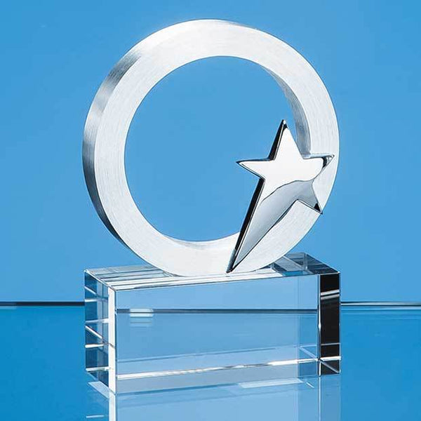 TZ5551P -   7.5cm Silver Star & Circle on an Optical Crystal Base - (Fully Engraved)
