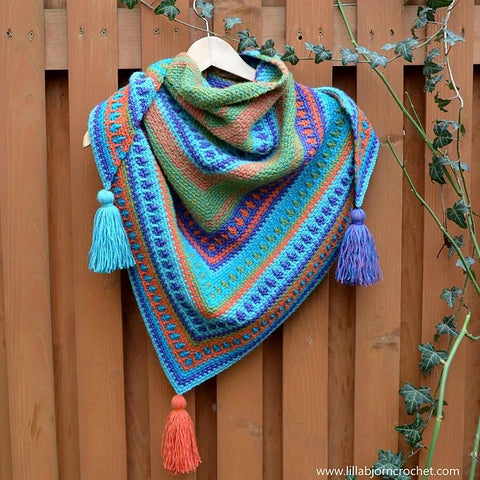 A River's Walk Shawl Crochet Class Wednesdays June 30, July 14, 21 and 28 (4 Weeks)  7:00 - 8:30pm IN-PERSON