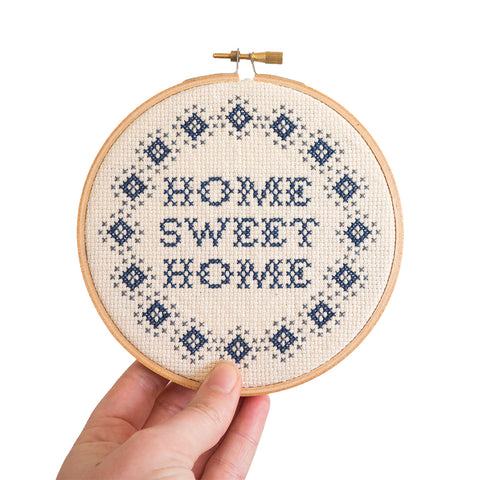 "Home Sweet Home Simple 5"" Embroidery Kit Junebug and Darlin"