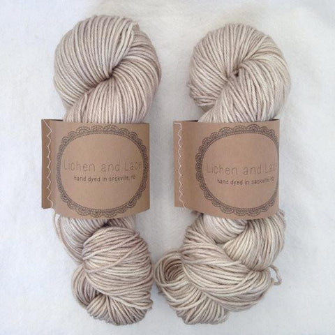 4-Ply Superwash Worsted Lichen and Lace