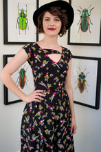 Load image into Gallery viewer, Ebony Parrot Dress
