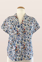 Load image into Gallery viewer, Fabulous Parrot Blouse