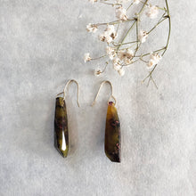 Load image into Gallery viewer, Metanical Shard Earrings - Juniper