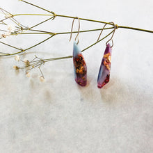 Load image into Gallery viewer, Metanical Shard Earrings - Periwinkle