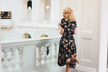 Load image into Gallery viewer, Jenna Daisy Floral Dress
