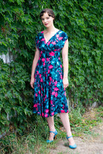 Load image into Gallery viewer, Viola Green & Fuchsia Dress