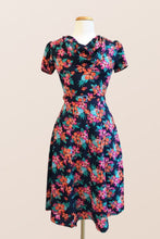 Load image into Gallery viewer, Joan Floral Dress