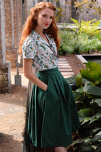 Load image into Gallery viewer, Roxy Bottle Green Linen Skirt