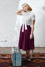 Load image into Gallery viewer, Roxy Burgundy Linen Skirt