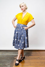 Load image into Gallery viewer, Roxy Daisy Skirt