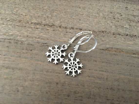 Snowflake earrings, tiny snowflake earrings, snowflake dangles, silver snowflakes, winter jewelry