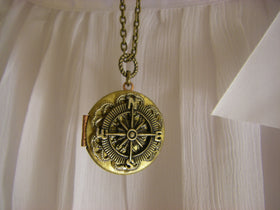 Bridesmaids Gift Vintage Compass Locket Necklaces beach or vintage wedding
