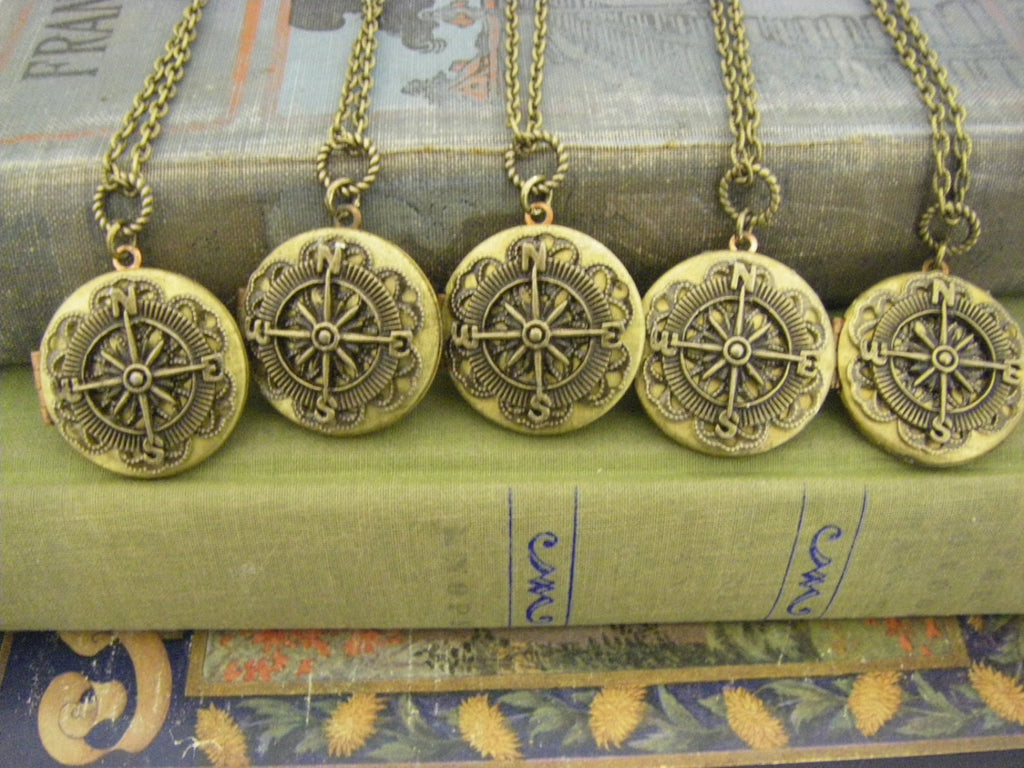 Bridesmaids Gifts Five Vintage Compass Locket Necklaces beach or vintage wedding 5 Quantity