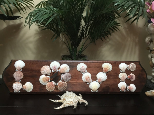 Seashell LOVE wall decor - Beach'n Designs
