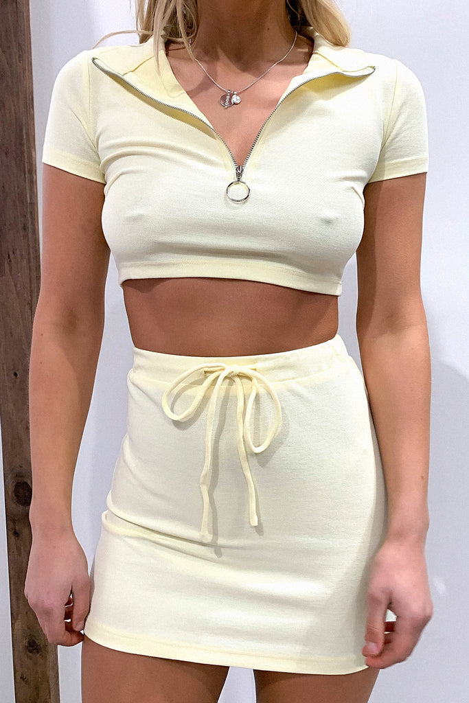 Aimee Zip Front Crop - Yellow