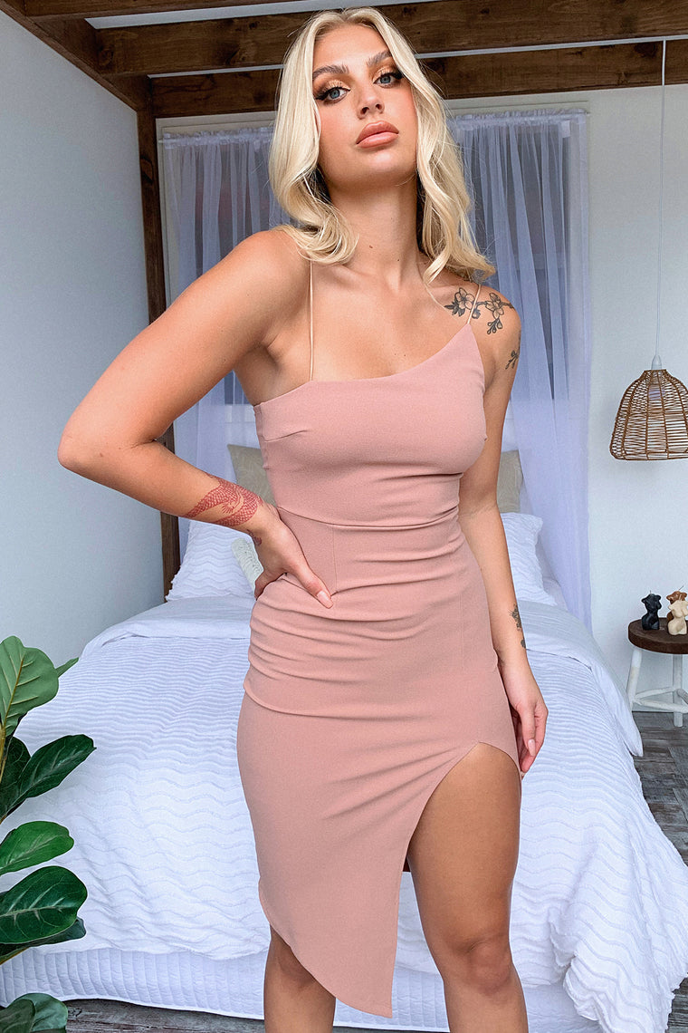 Kira Dress - Dark Blush