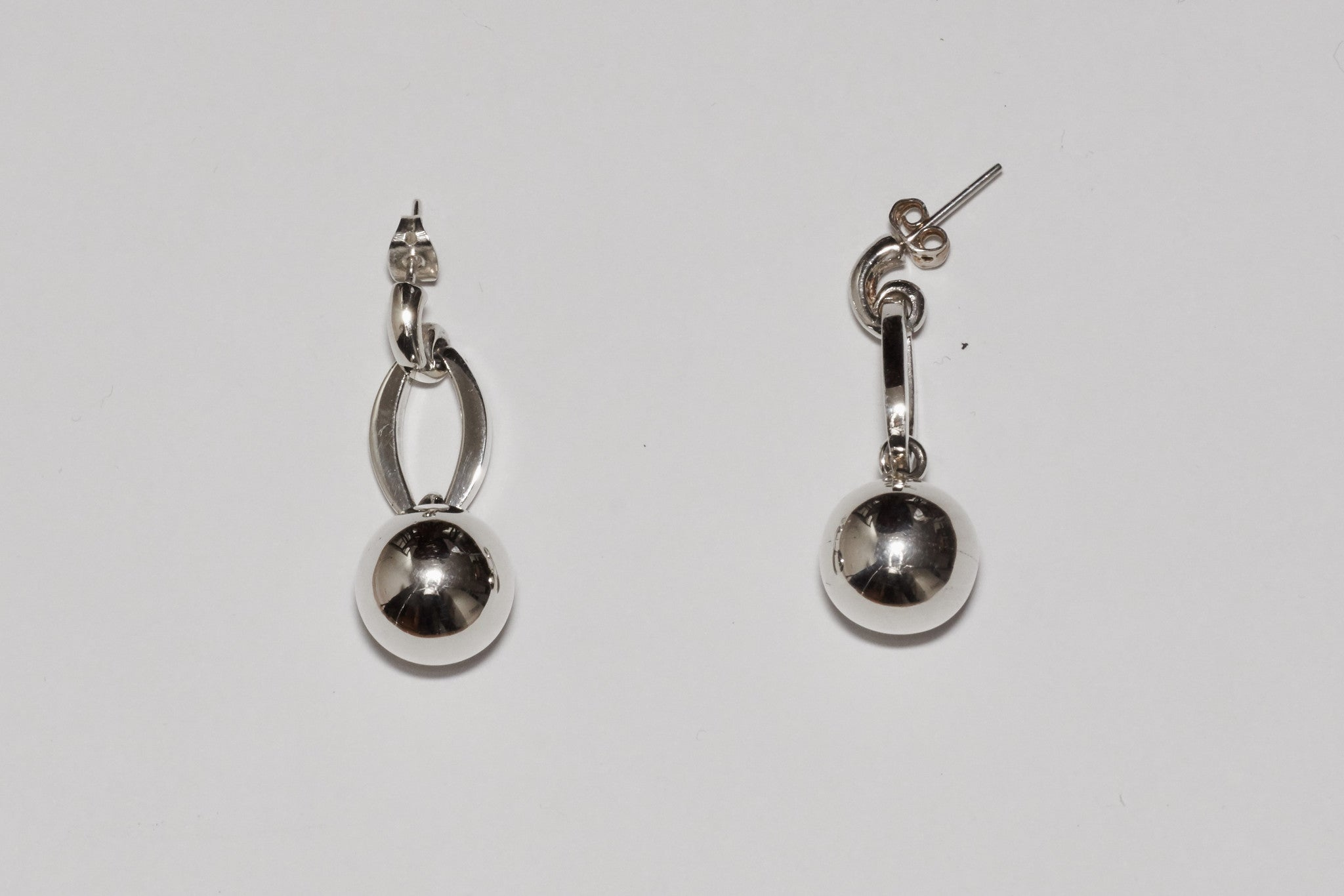 Victoria (Earrings)