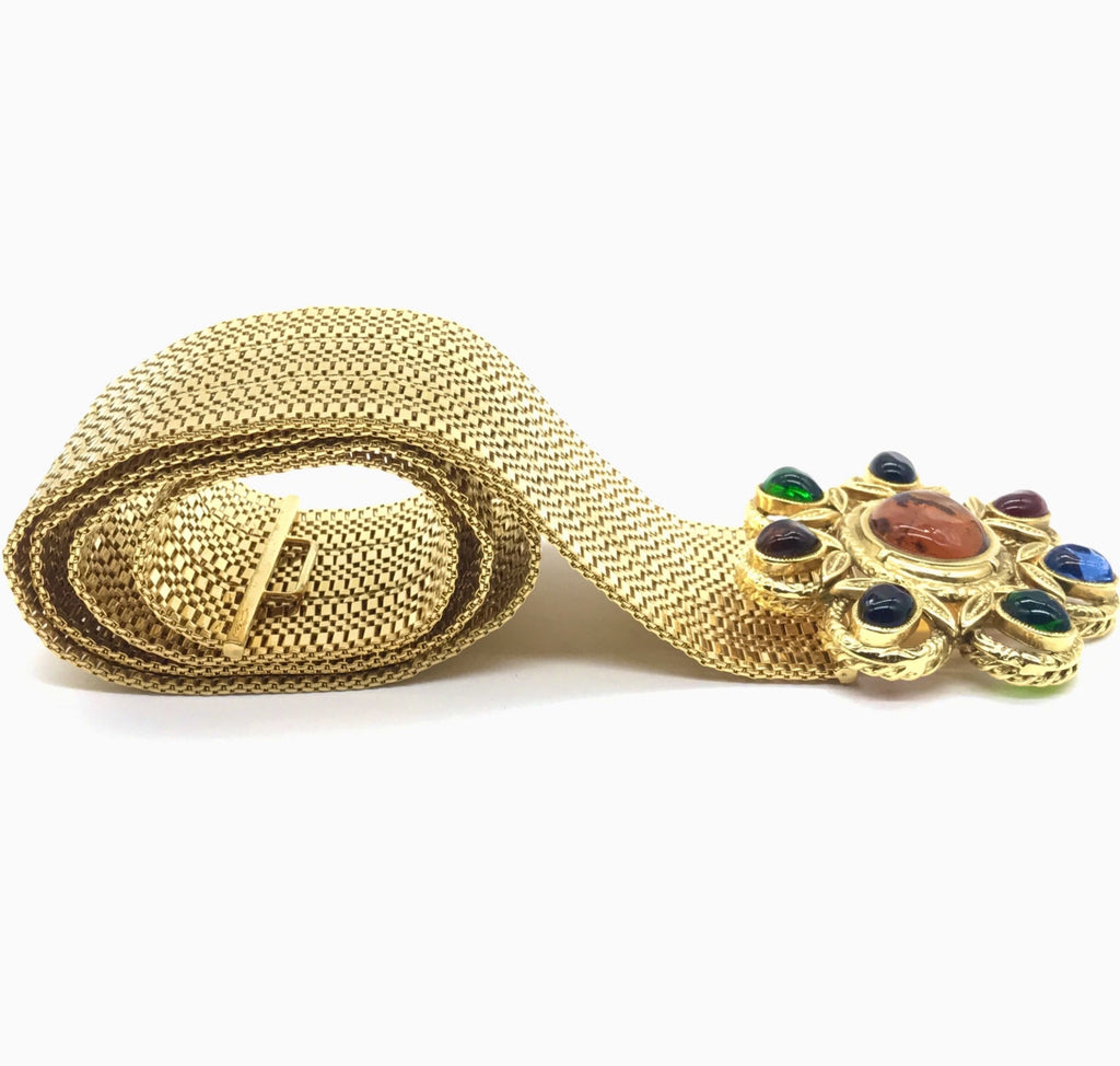 vintage chanel belt with gripoix clasp