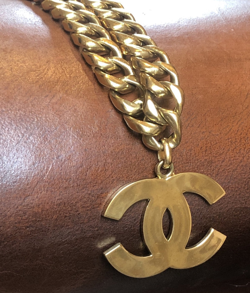 Vintage Chanel Necklace with CC Logo and Heavy Chain