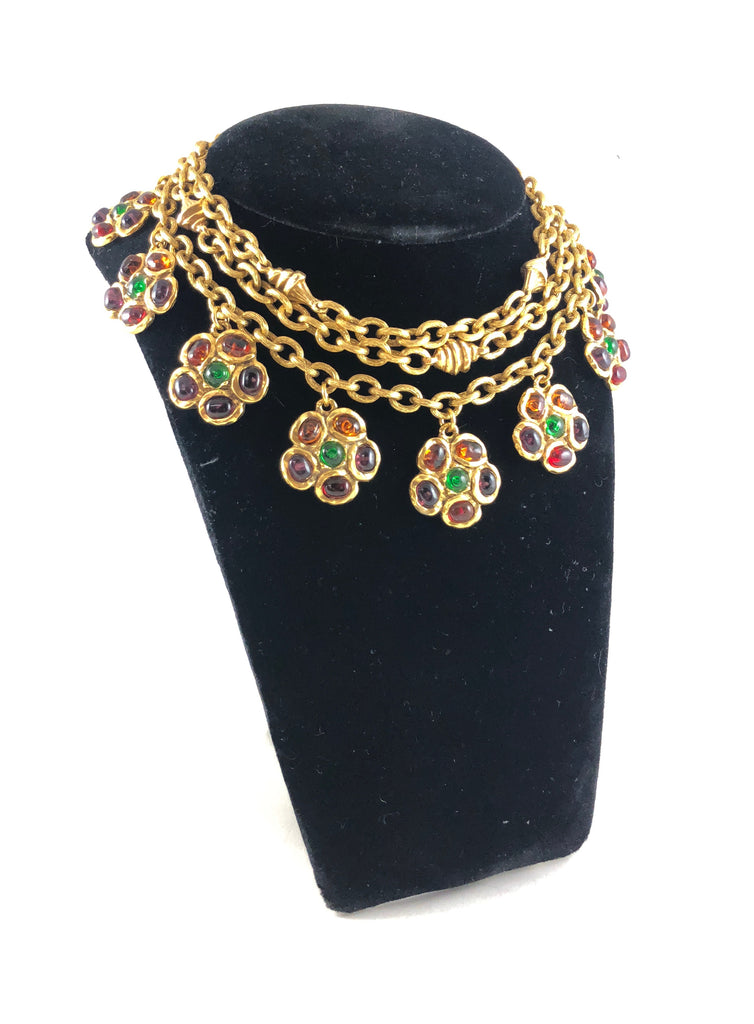 chanel 1984 necklace with grioix flower charms