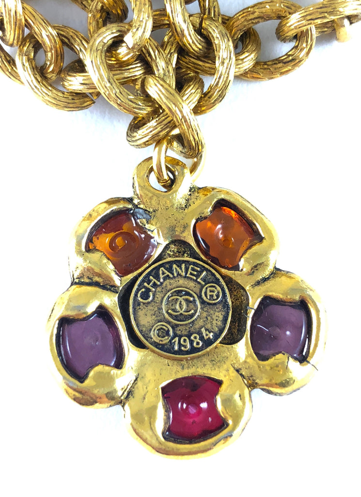 chanel necklace with gripoix flowers date plaque