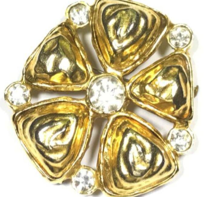 vintage chanel 1970's five petal pin with rhinestones