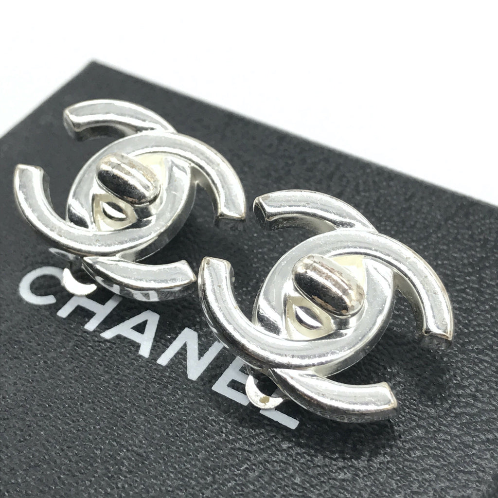 vintage chanel silver turncock earrings