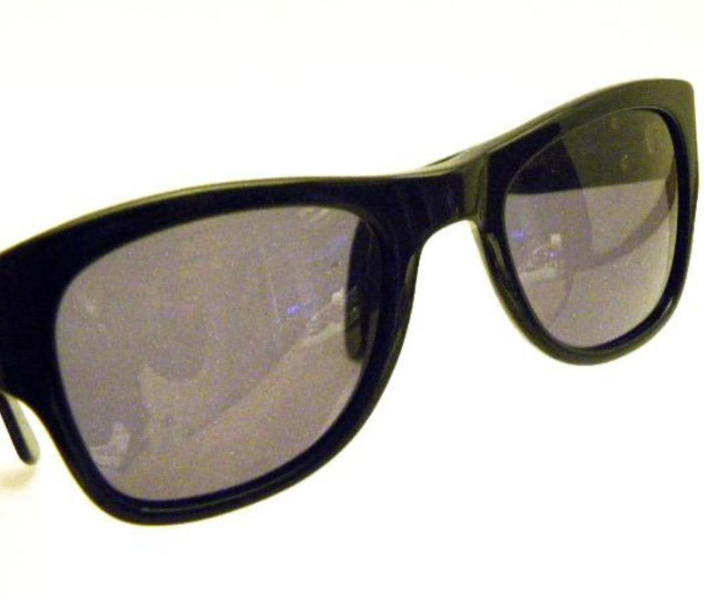 vintage chanel black wayfarer sunglasses side