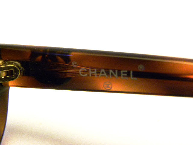 vintage chanel tortoise sunglasses codes