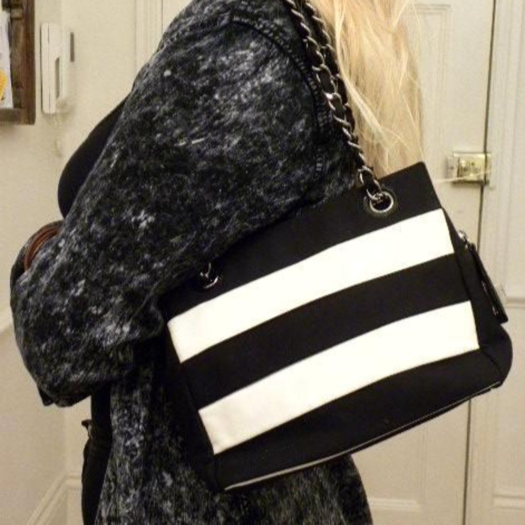 chanel black and white handbag side