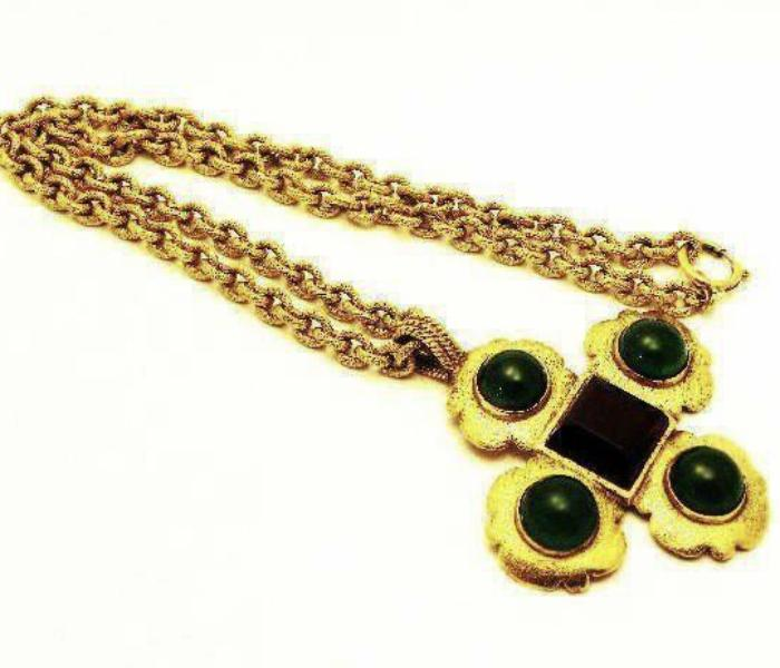 vintage chanel necklace with scalloped cross gripoix pendant