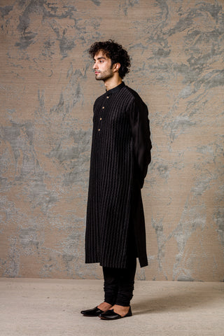 Black Shell PinTuck Kurta Set