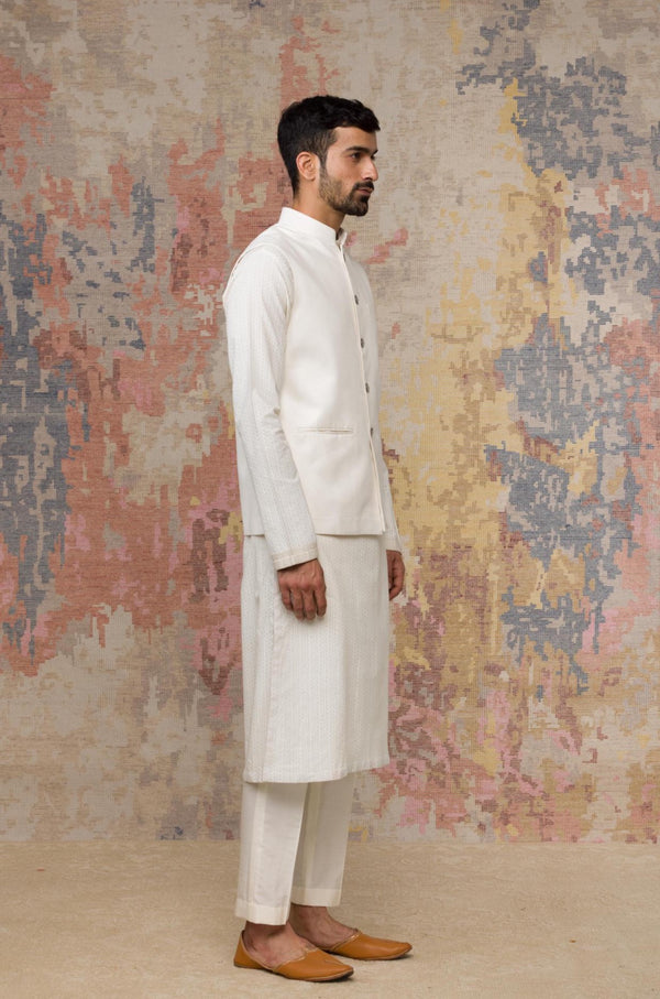 Ivory Block Printed Kurta With Bundi
